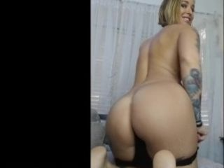 Kleio Valentien masturbates and fingers herself until she cums