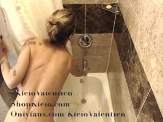 Naughty Neighbor secretly filmed Kleio Valentien Showering.