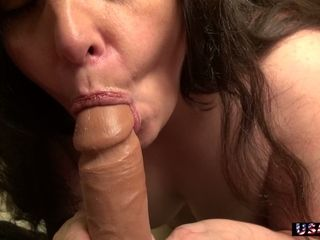 Chubby old whore is happy to go solo and masturbate her wet pussy