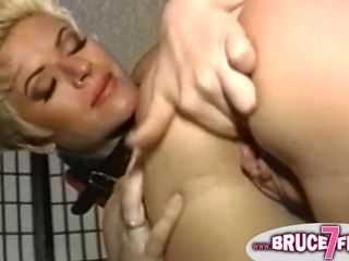 MILF Lesbians From 90s