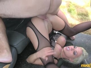 Horny driver stopped a car to fuck Barbie Sins in hardcore style