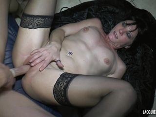 Mommy Whore With Cocks In Backside - ANALDIN