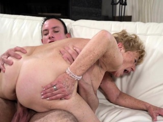 Granny With Huge Naturals Is Giving a Nice Cock Suction