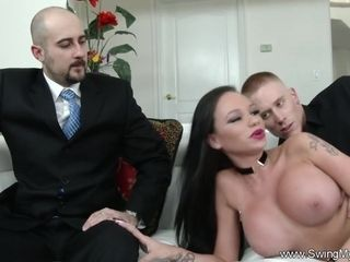 Cuckold Sex For Swinger Wifey To Feel Arousement Deeply