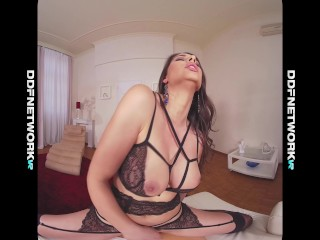 Busty glamour VR goddess Zafira makes you cum instantly during POV porn vid