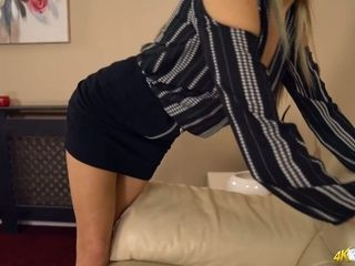 Killing hot housewife Jenny shows off her beautiful tits