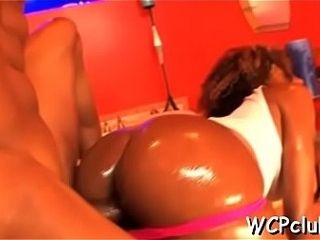 Horny ebony doxy gets double penetrated by two gangstas