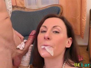 Older whore guzzles spunk