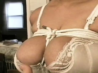 Guy does total bdsm nipple torment on this wanting slut