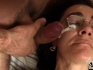 Mature slut gets big facial Entfuehrt die Braut