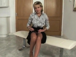 Adulterous british milf gill ellis shows her large globes