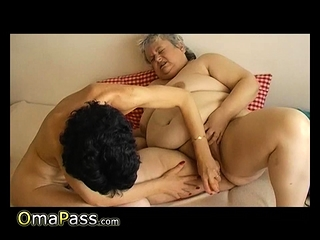 OmaPasS Granny Amateur Toying Masturbation Footage