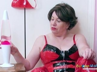 EuropeMaturE British Lady Toying Masturbation
